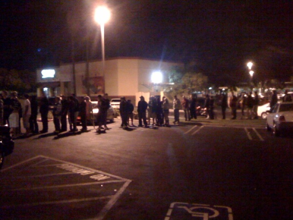 Line at Gamestop for MW2